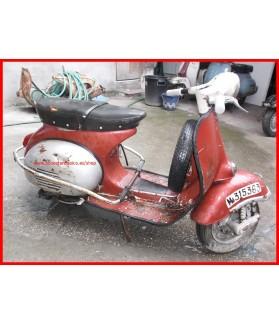 V571 Vespa 150 S Faro redondo